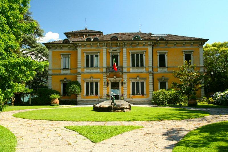 Villa del bono dongo