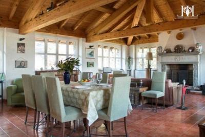la_casetta_nel_parco_dining_room_area