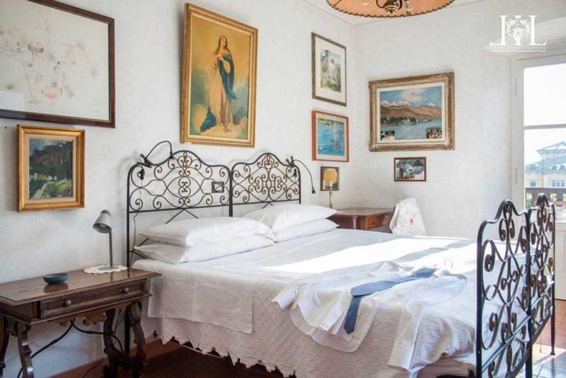 la_casetta_nel_parco_master_bedroom