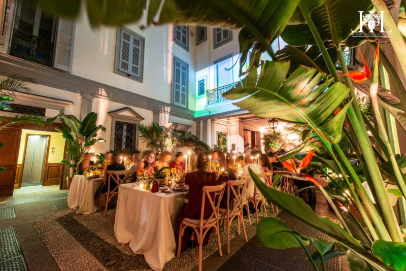 milan_courtyard_dinner