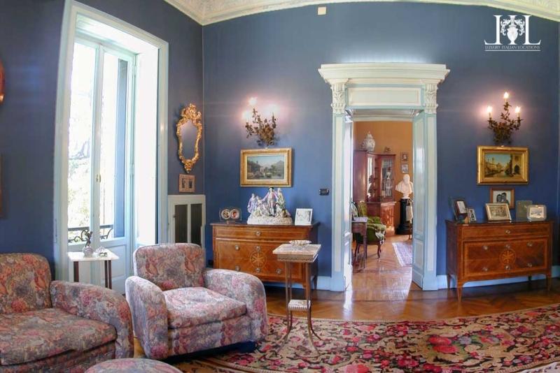 villa_rubini_redaelli_blue_room