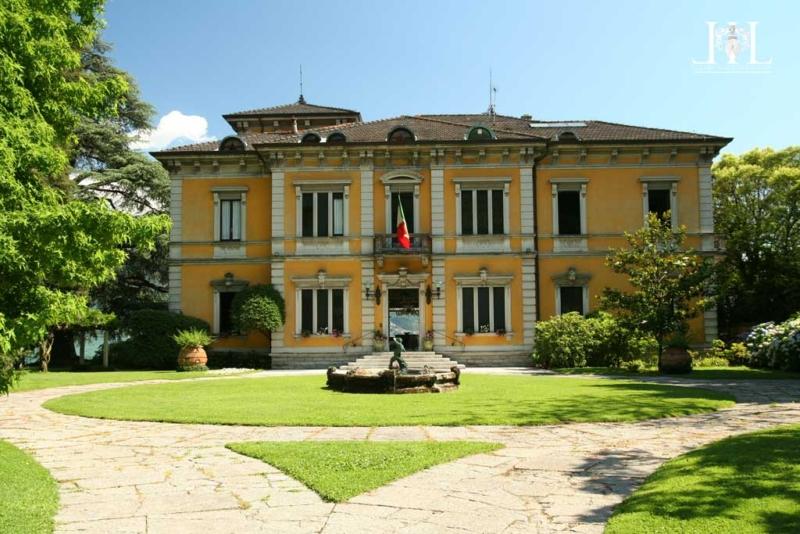 villa_rubini_redaelli_front