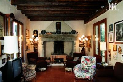 villa_troubetskoy_fireplace