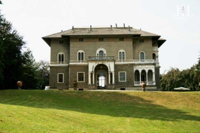 villa_del_bono_front