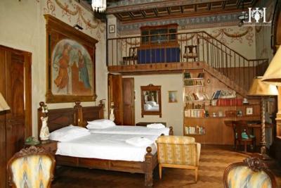 villa_del_bono_the_counts_room
